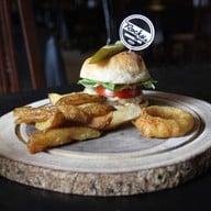 เมนูของร้าน Rock Me Burgers & Bar ลอยเคราะห์