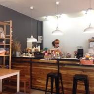 บรรยากาศ Newbury Coffee House Back Campus