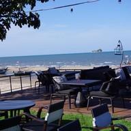 บรรยากาศ Gusto Et Cosy Beach Restaurant