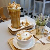เมนูของร้าน Brew Coffee Bar