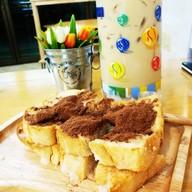 Freeze & Cheeze Café