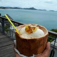 เมนูของร้าน Lamai Fresh Coconut Ice Cream