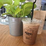 เมนูของร้าน Burkta Coffee ท่าแพ