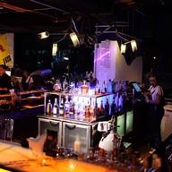 บรรยากาศ Car Bar Siam@Siam Design Hotel Pattaya