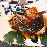 Torotoro Sushi