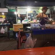 ผัดไทย หอยทอด ประตูชัย ประตูชัย ฝั่งสถานีตำรวจ