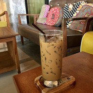 เมนูของร้าน Doi Chaang Coffee หาดกมลา