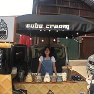 CUBE CREAM