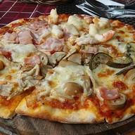 เมนูของร้าน Pizzeria Hut 1