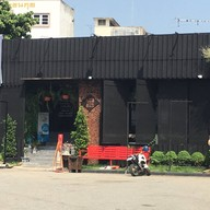 หน้าร้าน WEST 333 Coffee & Bristro