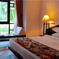 โรงแรมทอแสงโขงเจียมรีสอร์ท