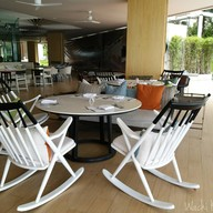 บรรยากาศ The Deck Veranda Resort Pattaya
