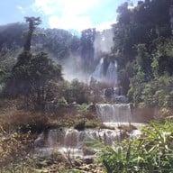 บรรยากาศ น้ำตกทีลอซู เขตรักษาพันธุ์สัตว์ป่าอุ้มผาง