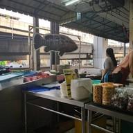 หน้าร้าน ข้าวต้มปลาท่าฉลอม (พระราม8-อรุณอัมรินทร์)