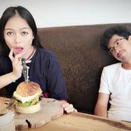 Burger Lab นครสวรรค์