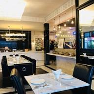 บรรยากาศ AL-QASIM cuisine