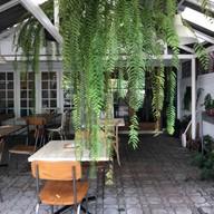 หน้าร้าน TAAN Organic Cafe & Meal