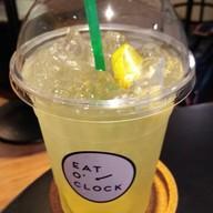 เมนูของร้าน Eat O'clock