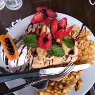 เมนูของร้าน Maki Cafe