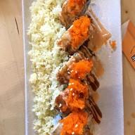 ข้าวห่อสาหร่ายไส้กุ้งเทมปุระ ปลาไหลญี่ปุ่น