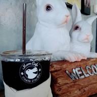 Moon Café กาแฟสดด่านเจดีย์