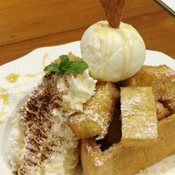 เมนูของร้าน Karin & Shor's Dining and Ice-cream House