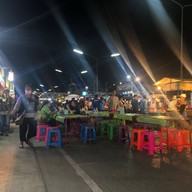 ถนนคนเดิน Night Bazaar
