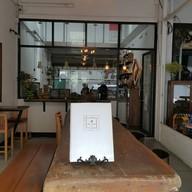 หน้าร้าน Alisa Cafe