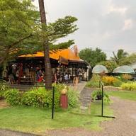 หน้าร้าน บ้านไทยคาเฟ่