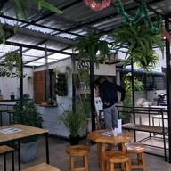 หน้าร้าน 399 Cafe นครไทย