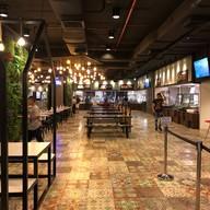 บรรยากาศ Food Factory Lee Garden Plaza