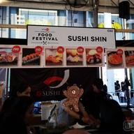 หน้าร้าน Sushi Shin นิฮอนมูระ