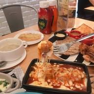 เมนูของร้าน Hungry Nerd Steak &  Pasta ราชเทวี