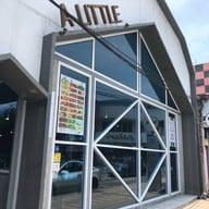หน้าร้าน ALITTLE