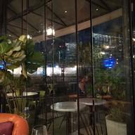 Roof 409 Bar & Bistro