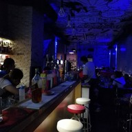 Comics Cafe & bar