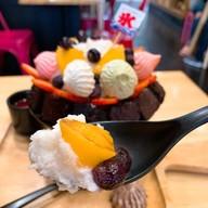 เมนูของร้าน A Little Sweet, Dessert Cafe เขารัง