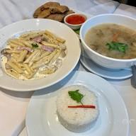 เมนูของร้าน The Ninth Cafe Langsuan