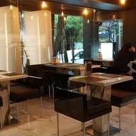 บรรยากาศ FABLAB Café & Dining เอกมัย
