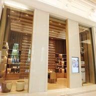 หน้าร้าน Let's Relax Spa Thong Lo