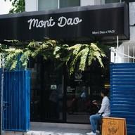 หน้าร้าน Mont Dao Coffee  X Mouk Mouk ทองหล่อ ซอย 10