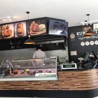 บรรยากาศ KUROBUTA Bistro & Butchery
