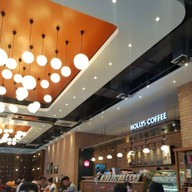 บรรยากาศ Hollys Coffee Seacon Bangkae