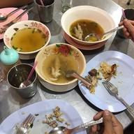 เมนูของร้าน เจริญชัย ไก่ตอน สูตรไหหลำ ประชาชื่น26