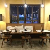 บรรยากาศ Vino Cafe & Wine Bar Toscana เขาใหญ่