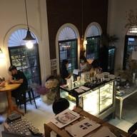 บรรยากาศ TREAT Cafe & Hangout