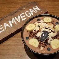 เมนูของร้าน Veganerie Concept พร้อมพงษ์ (หลังสวนเบญจสิริ)