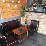 บรรยากาศ Monday Cafe' & Restaurant