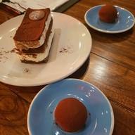 เมนูของร้าน Chu Chocolate Bar & Cafe Sathorn