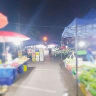 ตลาดหนองดอก